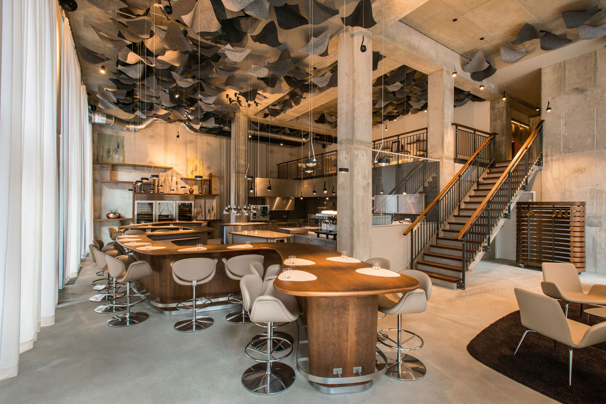 Stunning Offene Küche Restaurant Images - Thehammondreport.com ...