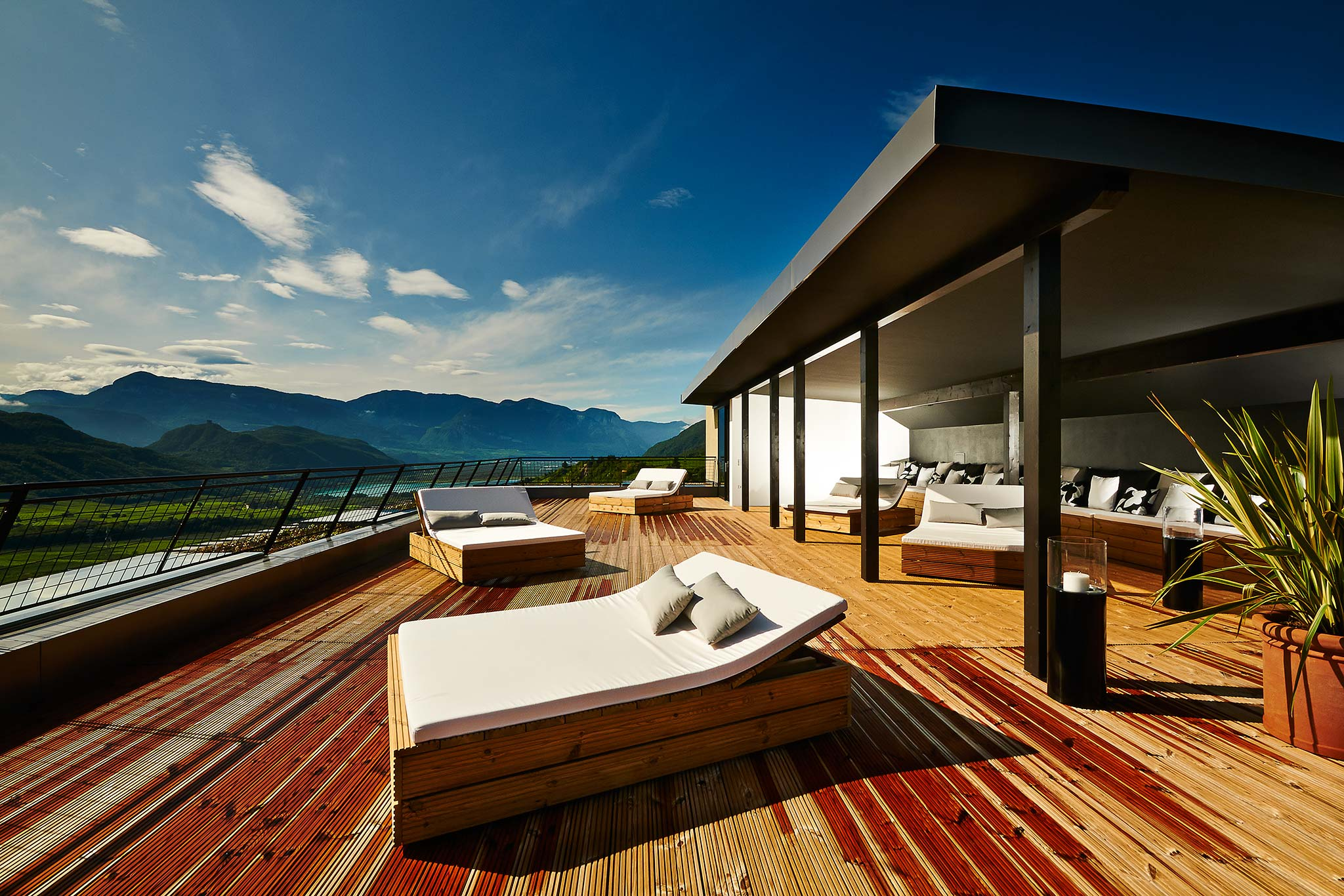 Gewinnspiel vinum hotels s dtirol ankommen genie en for Designhotel gius la residenza