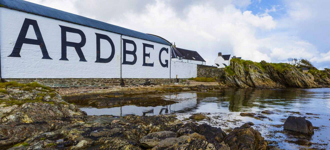 Ardbeg Day 2021 mit feuriger Limited Edition