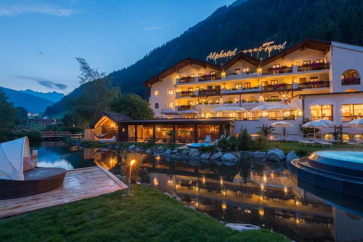 Alphotel Tyrol Wellness, Chalets & Family Resort
